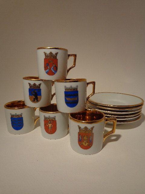 Arabia Finland cups