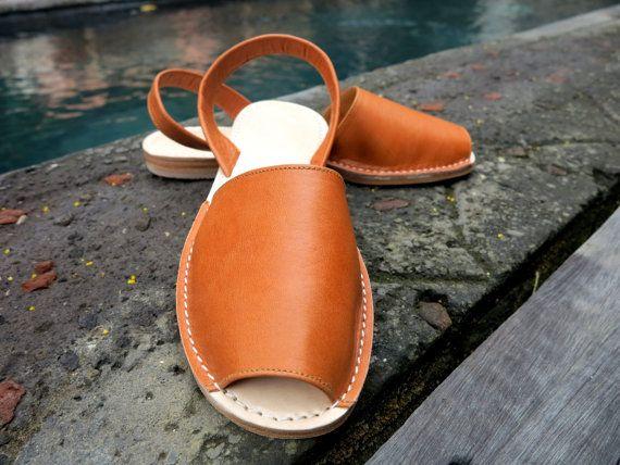 TUSK LEATHER Sandal Tan Slingback no strap от SpencerBootsAU