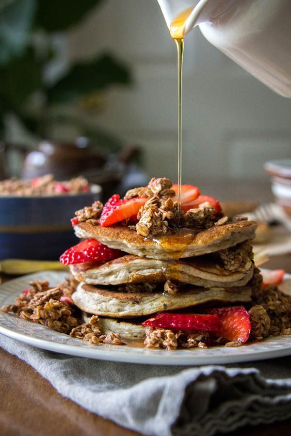 Mixed Berry and Chocolate Crunch Cakes recipe || Add a decadent twist to your brunch menu with these chocolate and berry laced pancakes! || /thismessisours/ /naturespath/