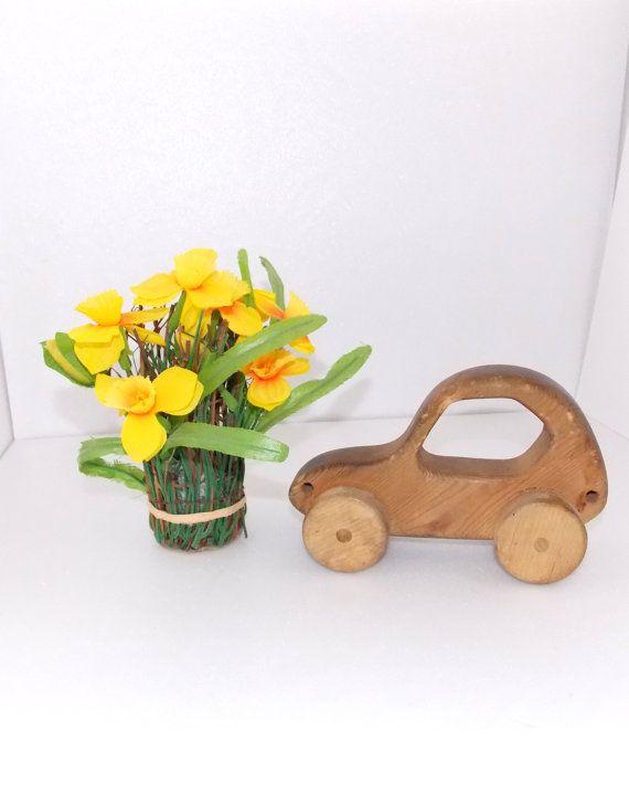 Винтаж. Деревянный автомобиль для игры или декора. от SundriesShop