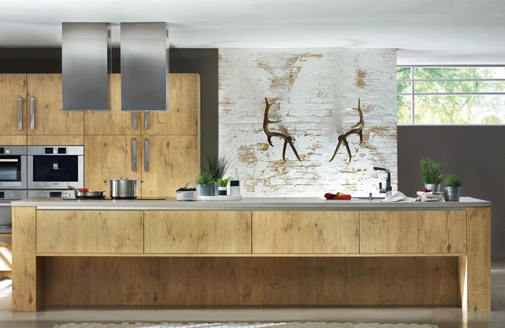 Old wood kitchens by Van Manen Keukens