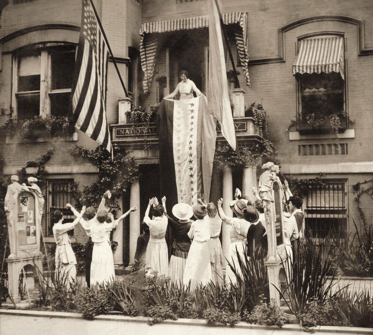 Suffrage badass-in-chief Alice Paul leading celebration of Tennessee's ratification of the 19th Amendment looks a bit like the front row at a Beyoncé concert.
