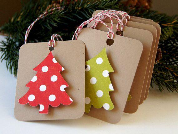 Dotty arbre sur Kraft Noël Tags ou étiquettes d'emballage (quantité 6)