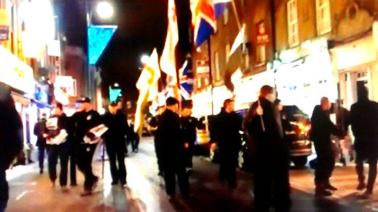Londyńska manifestacja przeciw imigrantom islamskim!!!!!Manifestation ag...