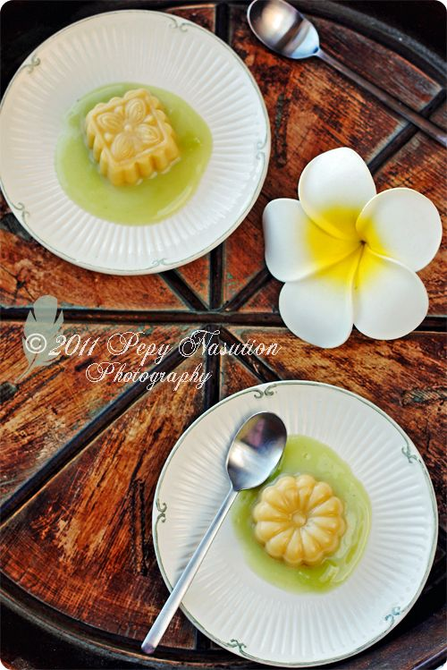 Indonesian Sweets: Durian Pudding with Pandan Vla (Custard)