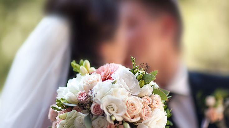It's common to become engrossed in all the little details of planning a wedding, so how can you plan the day and plan for the future marriage?
