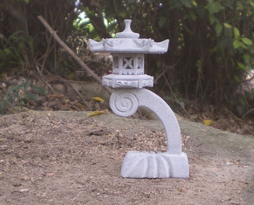 25 best ideas about japanese stone lanterns on pinterest for Garden statues portland oregon