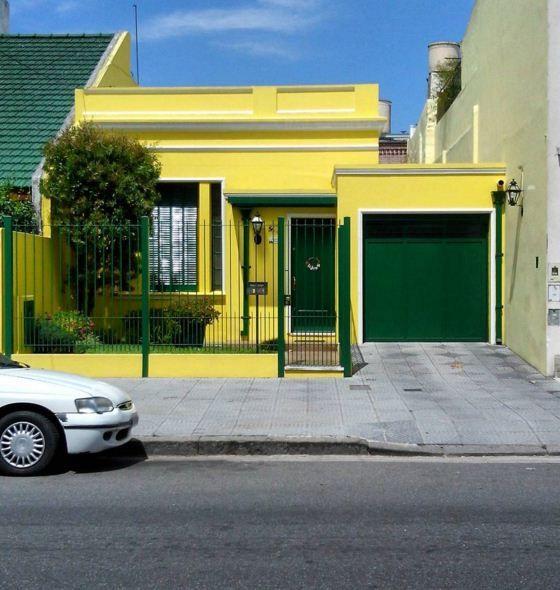 Mejores 161 im genes de casas amarillas en pinterest for Ver colores de casas pintadas