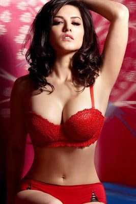 Sunny Leone Bold in Jackpot Movie Unseen Pics