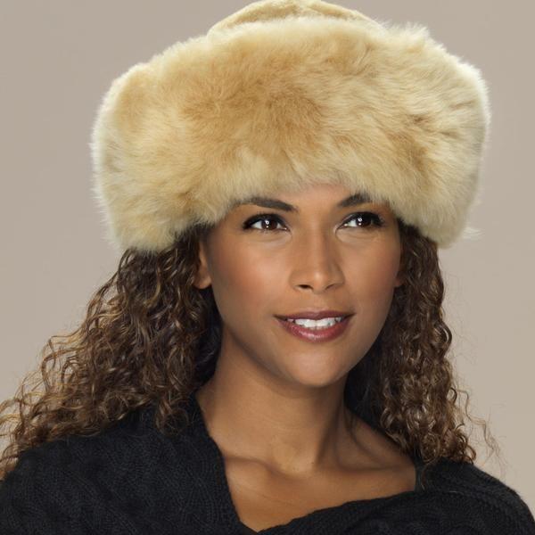 Alpaca fur hat champagne detail