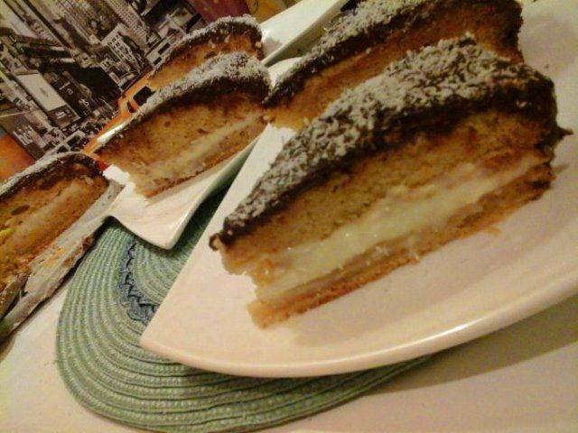 Kókuszos-csokoládés szelet… http://mediterran.cafeblog.hu/2017/02/13/kokuszos-csokolades-szelet/