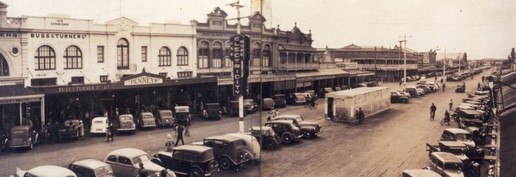 Panorama of Bourbong Street, Bundaberg, ca. 1947 / Picture Bundaberg, a project of Bundaberg Regional Libraries http://library.bundaberg.qld.gov.au/ | thefashionarchives.org