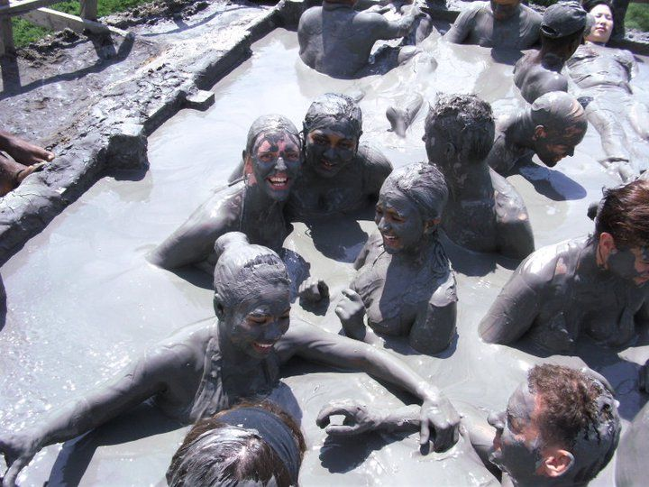 Colombia: Mud, Sweat and Tears
