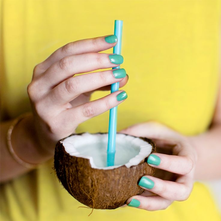 Perfect mani for a perfect sunny day! #SpeakingColors