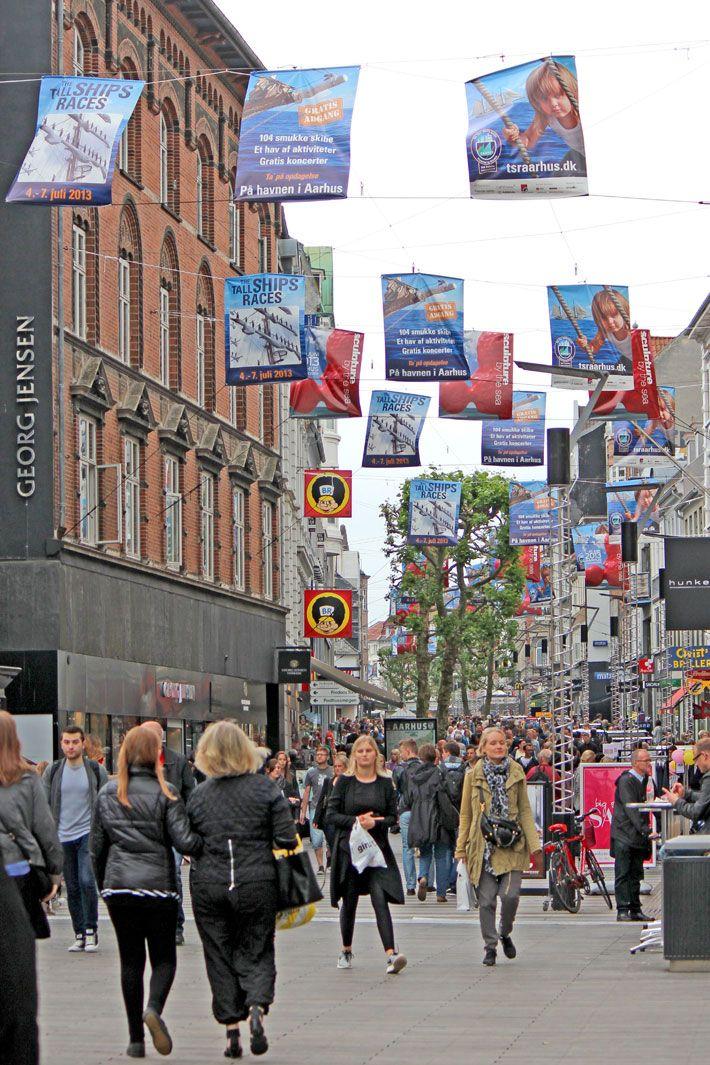 Amalie Loves Denmark Stadtereise Aarhus Fussgangerzone Danemark