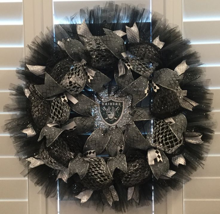 Raiders Wreath for your Wall or Door, custom made to order, fast turn around, ships within 1 week of order, football team wreath, NFL teams by JacquieCraftBoutique on Etsy