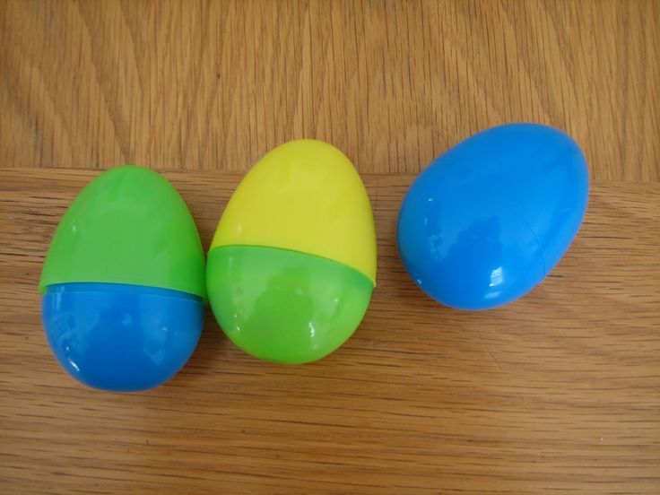 One more - teaching middle school/high school science - GENETICS - cool idea with plastic eggs: Plastic Eggs, Middle Schools Science, Teaching Middle Schools, Science Matter, Easter Eggs, Cool Ideas, 7Th Grade Science, Eggs Genetics, Classroom Ideas
