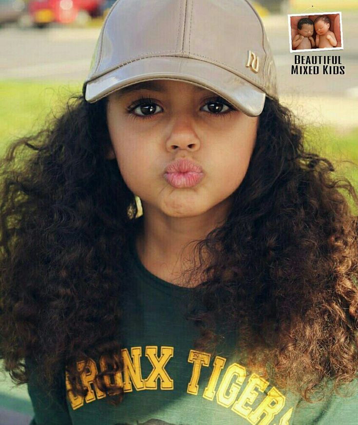 Jayellese - 4 Years • English, Greek & Jamaican ❤