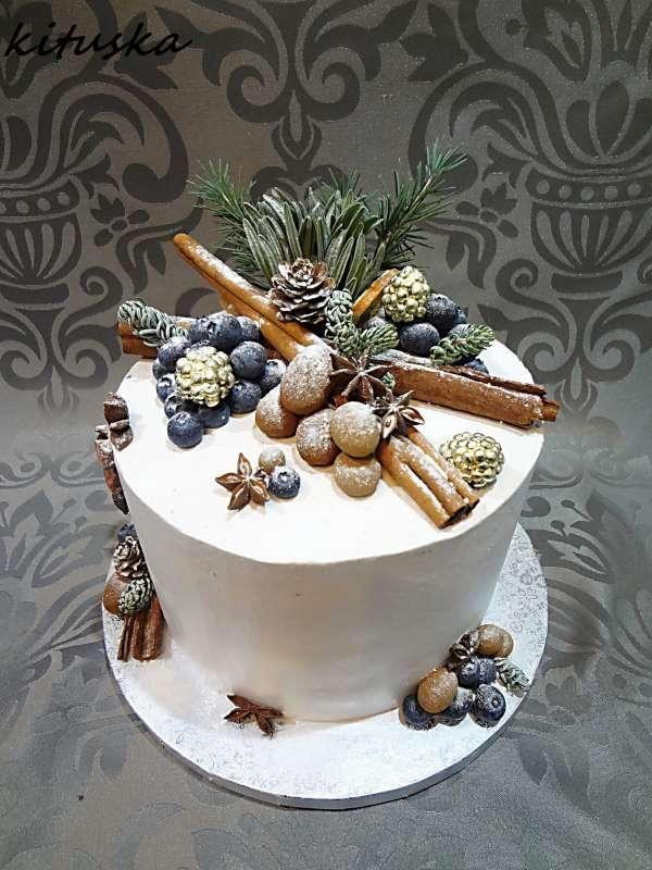 Nádherná tortička s vôňou Vianoc:) Autorka: kituska.