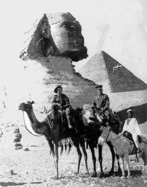 Australian soldiers on camels in front of the Sphinx in Egypt [1915]