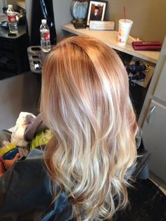 Strawberry blonde hair with gold & copper tones! By: Victoria Clayton