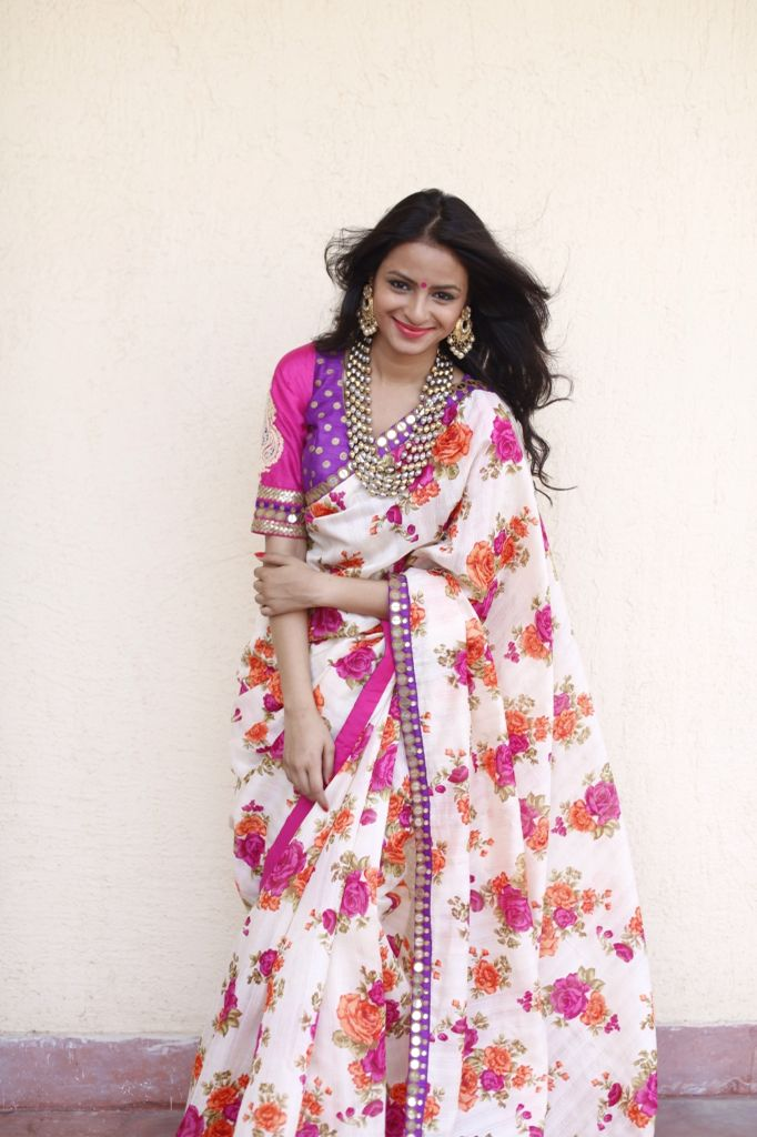 Saree by Ayush Kejriwal For purchase enquires email me at ayushk@hotmail.co.uk…