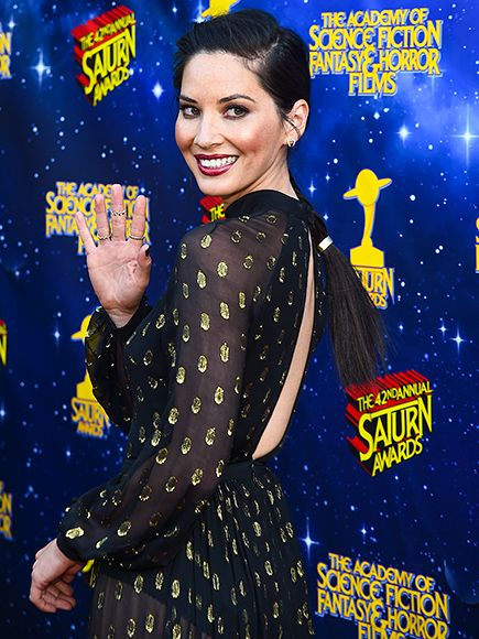 Star Tracks: Thursday, June 23, 2016 | GALAXY BEST  | Hello, gorgeous! Olivia Munn arrives at Wednesday's Saturn Awards in L.A.