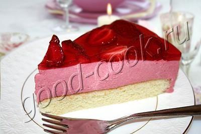 Хорошая кухня - торт с клубничным муссом и желе. Кулинарная книга рецептов. Салаты, выпечка.