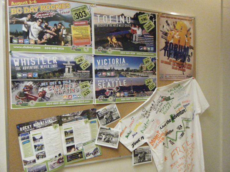 学校のアクティビティーの掲示板です。校内にCLUB ESLのオフィスがあります。