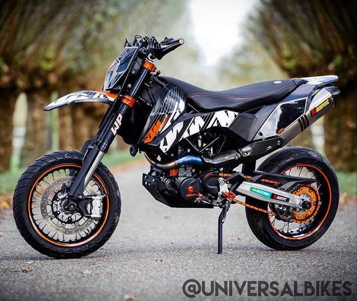 KTM Supermoto ----------------------------------- Dubble tap Tag your 2 best motorcycle friends ----------------------------------- Follow for more: @universalbikes @universalbikes #universalbike #bike #bikelife #bikeporn #motorcycles #kawasaki #yamaha #aprillia #ducati #mvgusta #bmw #s1000rr #panigale #honda #suzuki by universalbikes