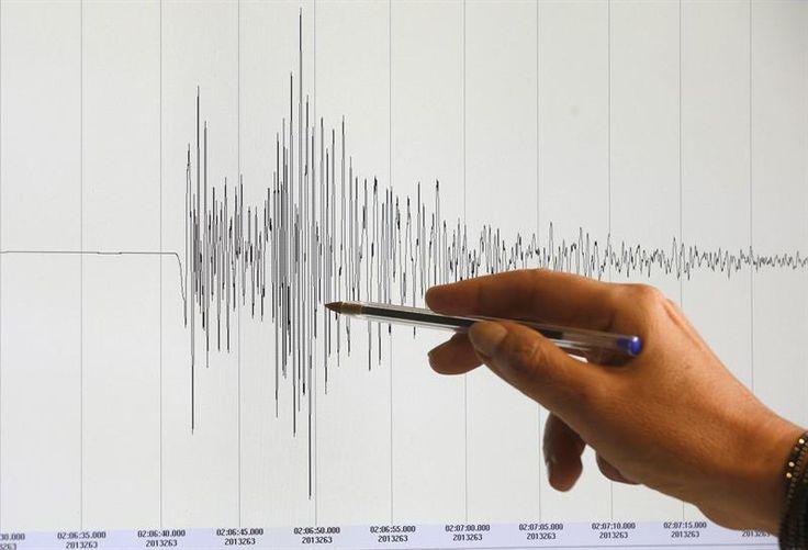 Fuertes terremotos sacuden Japón y Vanatú