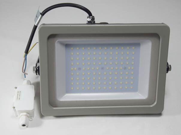 Suchen Sie einen LED Strahler oder LED Fluter? Wir bieten qualitativ hochwertige LED Außenstrahler in ansprechendem Design, abseits der Baustellen Optik. Günstige Preise und gutes Aussehen, kombiniert mit langer Lebensdauer. Lassen Sie sich beraten!