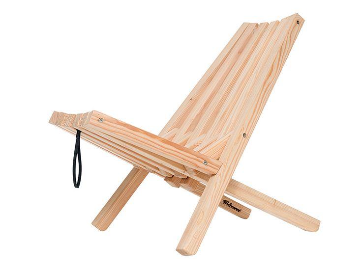 Na een lange dag, lekker onderuitzakken op een Fieldchair en genieten van de ondergaande zon of van een warm, knisperend vuur. De Fieldchair is inklapbaar en eenvoudig mee te nemen. Berg de stoel in de winter gemakkelijk op door hem op een droge plek aan de lus op te hangen. #weltevree #outdoor #design #fieldchair #weidesign #koningstraat27 #haarlem