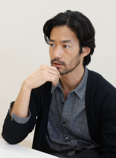Yutaka Takenouchi 〈 Japanese style 〉Japanese with beard is unusual.The popular conditions is low voice with calm in Japan .