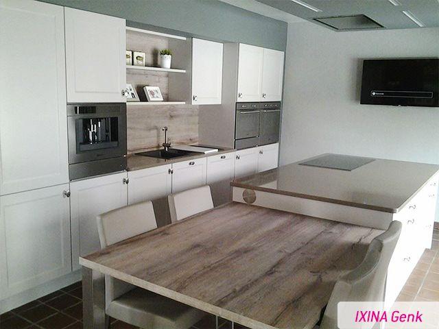 Landelijke keuken realisatie van ixina genk for Cuisine ixina