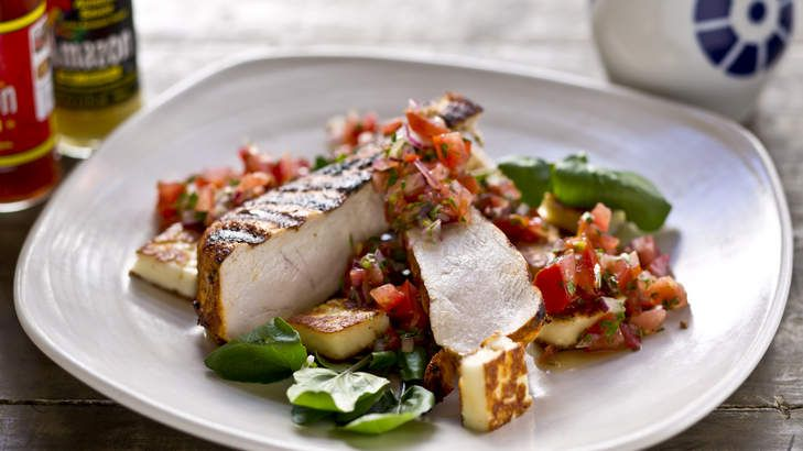 Barbequed paprika chicken with haloumi and pico de gallo - Frank Camorra.