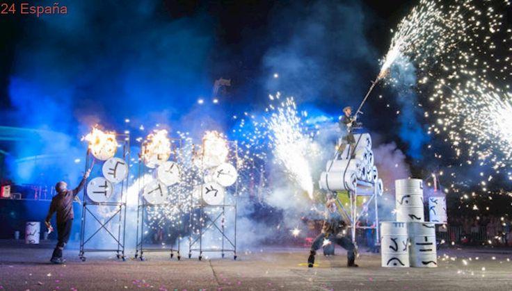 Xarxa Teatre estrena una nueva versión de Ara Pacis inspirada en el clásico 'Fahrenheit 451'