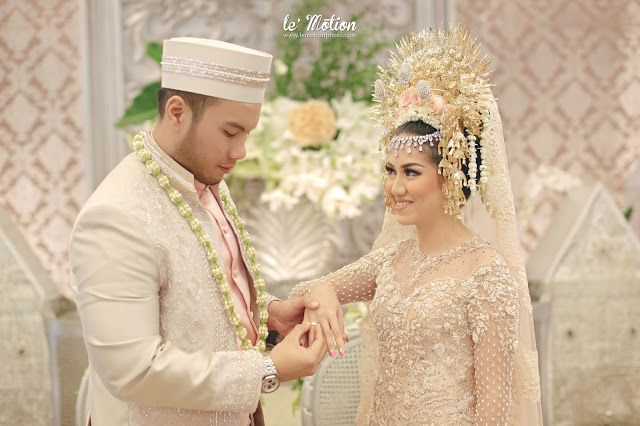 wedding day: Lysa & Kiki Wedding (Akad adat Minang & Resepsi adat Jawa)