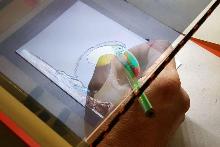 Tracing paper ? .. hmm .. QroKee, the holographic tracing machine !