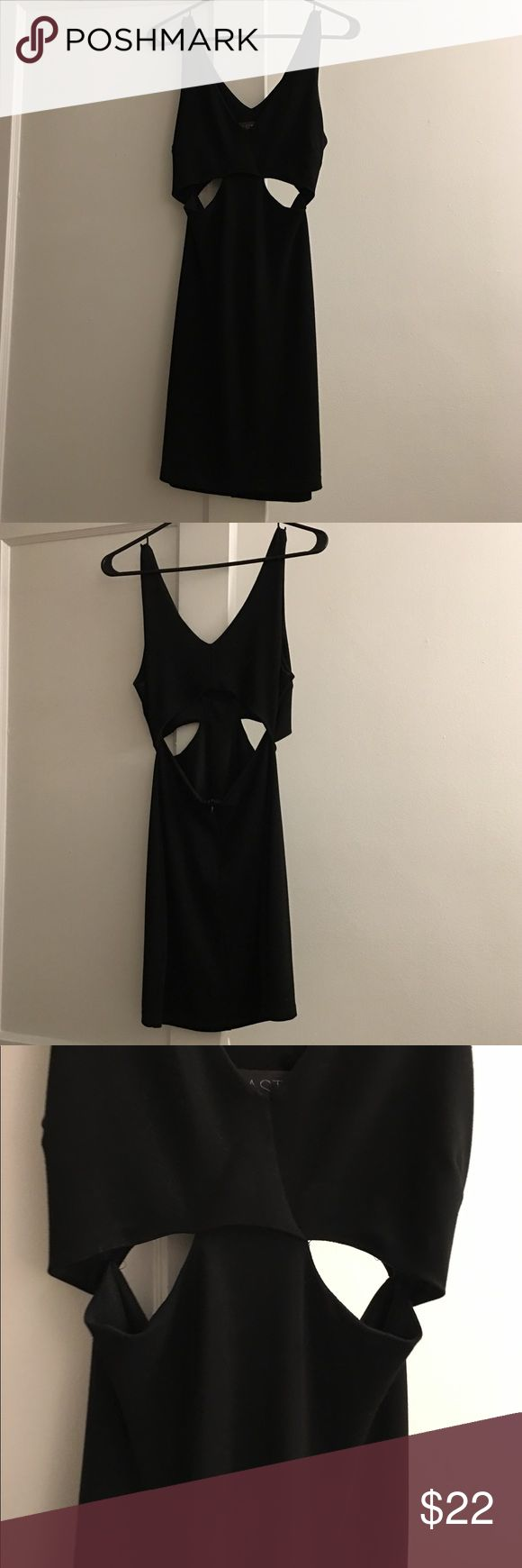 The perfect LBD! Tight black dress with cut outs on side and in back. Very flattering material. Bought from TopShop. Size M ! Astr Dresses Mini
