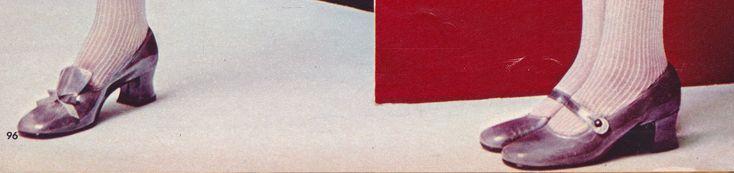 https://flic.kr/p/RFbb6G | Sbicca Shoes shot by Alberto Rizzo Seventeen Magazine June 1968