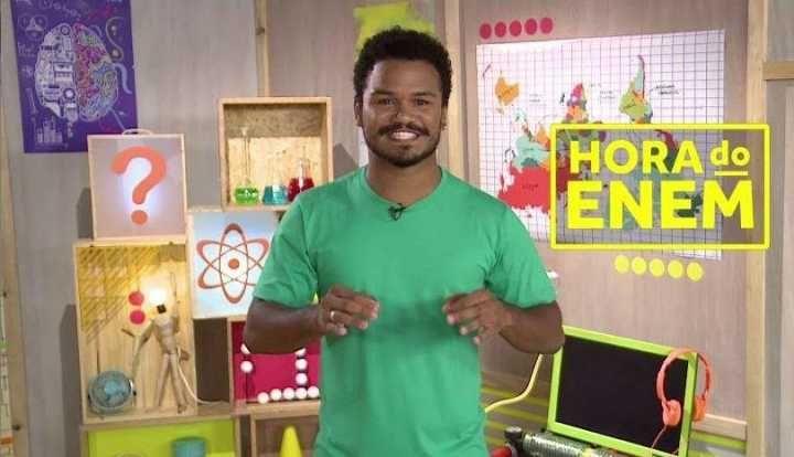 Hora do Enem da TV Escola faz revisões para provas de dezembro