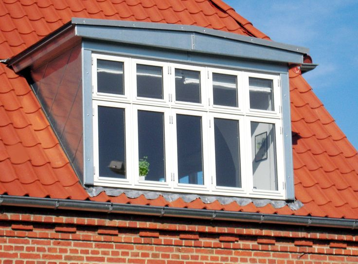 Kvist med 5 vinduer, spejl og flunke beklædt med zink