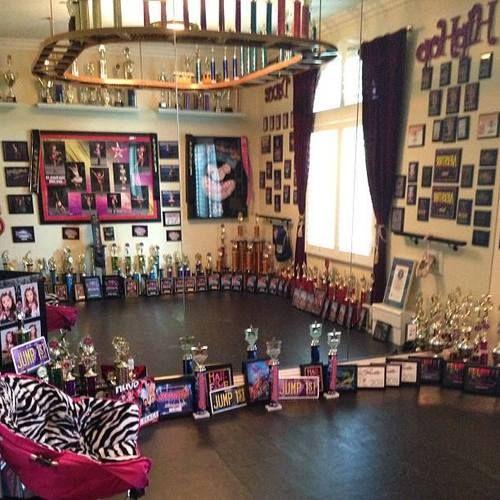 Sophia Lucias dance room!
