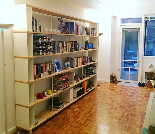 Our first #beautiful Skaffa Wood bookcase delivered in #nyc#newyorkcity#italianstyle Thanks Francesca !! see more http://www.piarotto.com/en/galleria/ #bookcase #shelving #interiordesign #madeinitaly #handmade #decor #wood #madeinvenice #livingroom #etsy #etsyshop #etsystore #interiormagazine #onlinefurniture #onlinestore #onlinestores #onlineshopping #onlineshops #luxurydesign