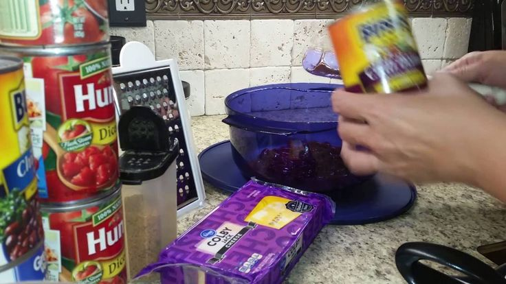 Heather Wheeler Makes TUPPERWAVE CHILI in the STACK COOKER