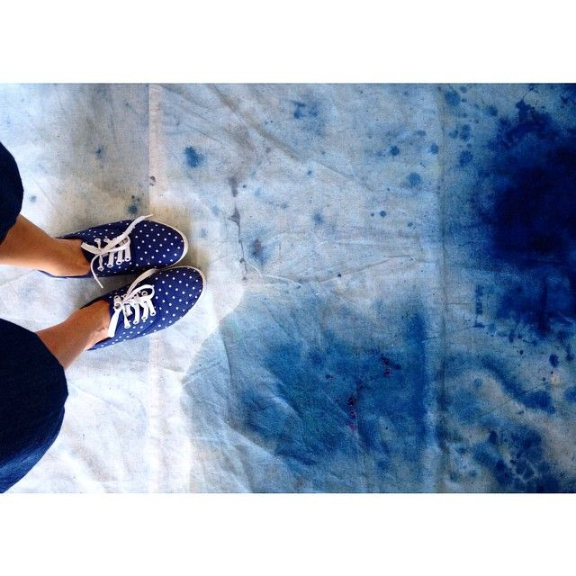 Beautiful divines blueness @theschoolinstagram #indigoappreciationsociety #shibori #joannafowlestextiles