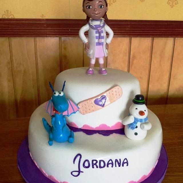 #DocMcStuffins #DoctoraJuguetes #fondant #cake by Volován Productos  #instacake #puq #Chile #VolovanProductos #Cakes #Cakestagram #SweetCake