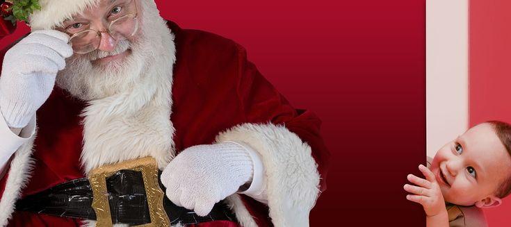 Un meraviglioso Babbo Natale a casa tua che consegnerà i doni a tutti i bambini per stupirli e regalare loro un'emozione unica!