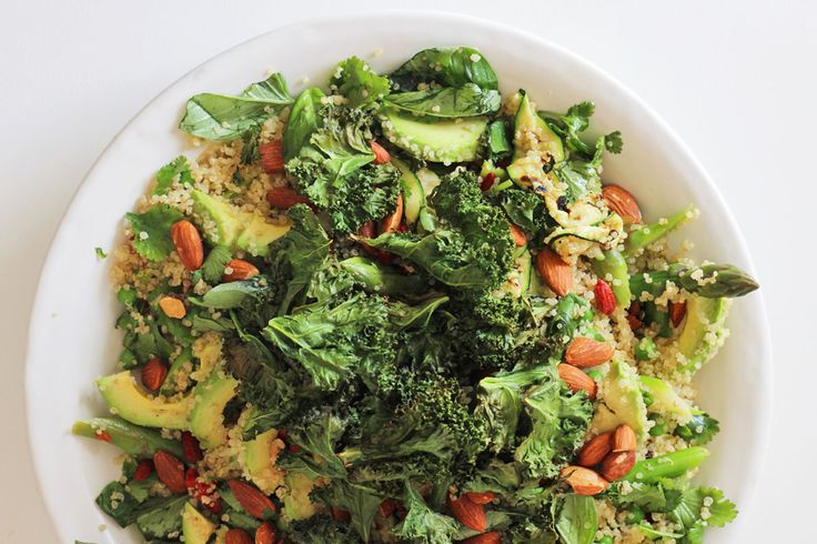 Spring vegetable salad with quinoa